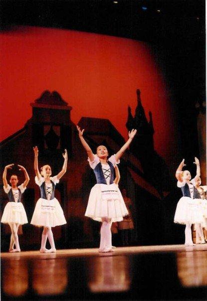 Good Korean Yejin, in a bougie ballet