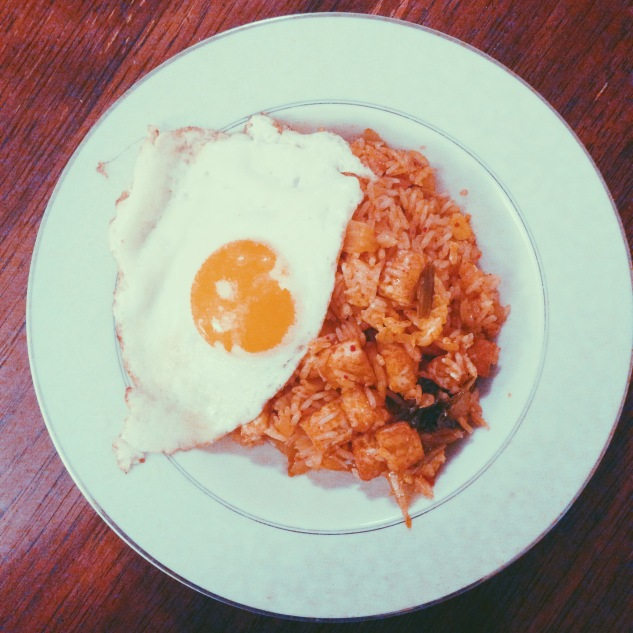 Kimchi rice with fried tofu and an egg